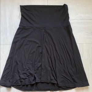 Old Navy Maternity medium Skirt